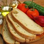 http://ricette.giallozafferano.it/Panzanella.html